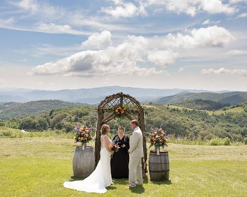 Banner Elk Winery & Villa - Couple On Rock
